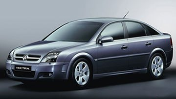 A 3D model of the blue Holden Vectra ZC with tinted window panes