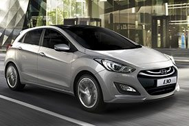 GD series of the famous Hyundai i30 hatchback, now with all new alloy rims and black tinted glasses