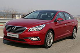 2016 Model of red Hyundai Sonata LF