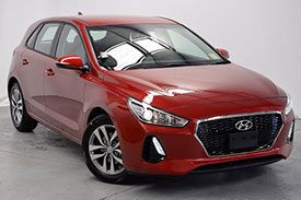 Looking for an old-style hatchback from Hyundai? You are in for a treat by the red i30 PD