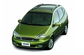 Hatchback-cum-SUV, the Tacuma is the perfect car for a small family trip
